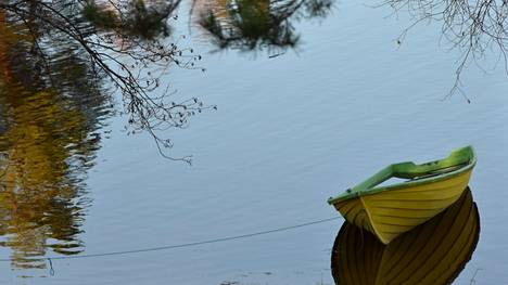 Keski-Suomen pintavesien tila on pääosin erinomainen tai hyvä. Huononeminen kuitenkin uhkaa toistasataa pintavesialuetta, ellei mitään tehdä. Maakunnan pinta-ja pohjavesien hoitosuunnitelmista toimenpide-ehdotuksineen voi esittää näkemyksiä ensi vuoden toukokuulle asti.