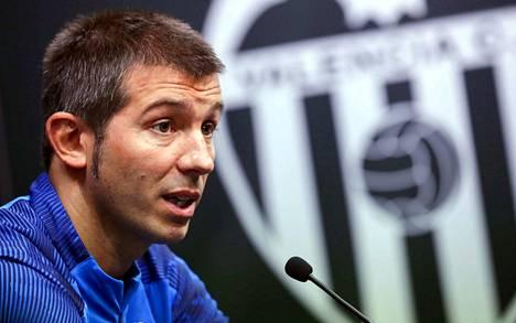 Albert Celades palkattiin Valencian uudeksi valmentajaksi.