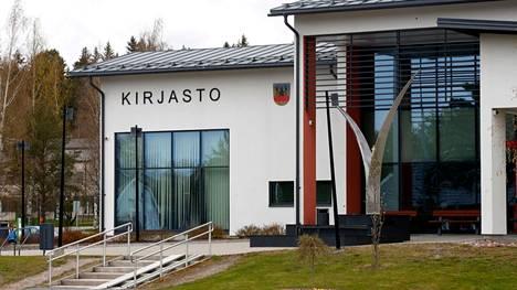 Kiista Eurajoen kirjastonjohtajan virantäytöstä sai alkunsa kuntaliitoksen aikaisista järjestelyistä.
