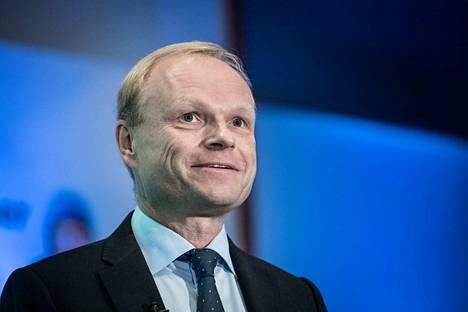 Fortumin toimitusjohtaja Pekka Lundmark yhtiön tiedotustilaisuudessa Helsingissä 27.9.2017.