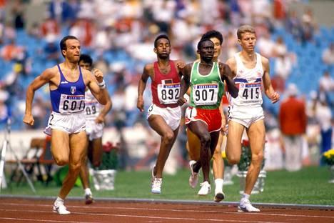Donato Sabia (vas.) sijoittui seitsemänneksi olympialaisten 800 metrillä vuonna 1988.