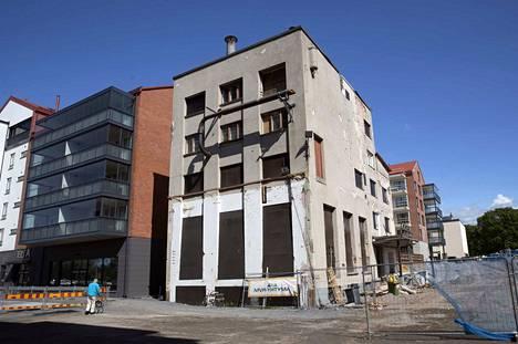 Uuden panimon tilalle halutaan rakentaa uusi, ulkoarkkitehtuuriltaan vanhaa vastaava rakennus.