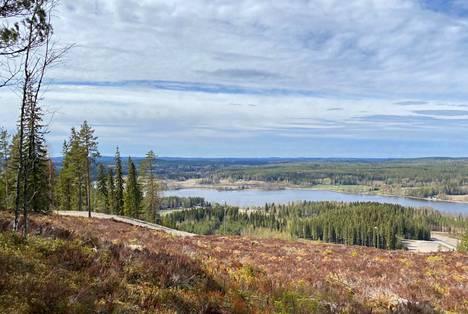 Yrittäjät ja päättäjät listasivat jo omia ajatuksiaan Himos-Jämsä-alueen vahvuuksista ja kehittämistarpeista. Nyt on kuntalaisten vuoro.