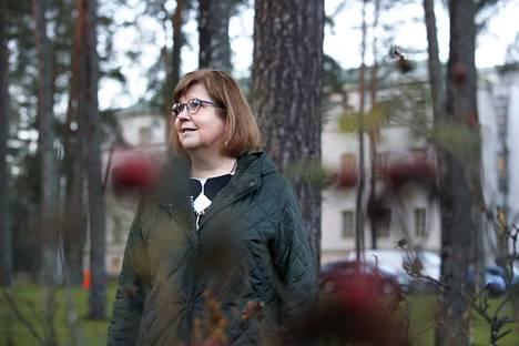 Satasairaalan psykiatrisen hoidon vastuualuejohtaja Kirsi-Maria Haapasalo-Pesu.
