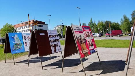 Sunnuntaina Mänttä-Vilppulan kaupungille valitaan 31 jäsenestä muodostuva valtuusto. Ehdolla on 83 ehdokasta seitsemästä puolueesta.