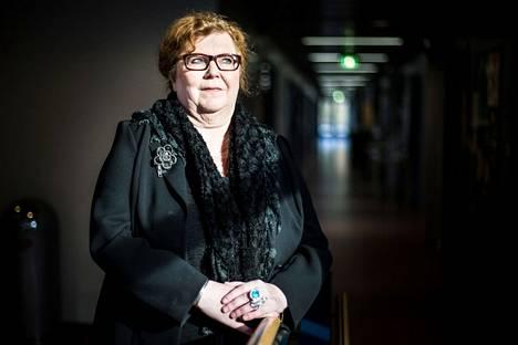 Edesmennyt Merja Kinnunen valittiin Lapin yliopistossa vuoden opettajaksi vuonna 2015.