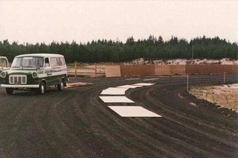 Yyterin speedwayrata rakennusvaiheessa 1970-luvun lopulla.