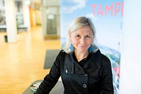 Tampereen kilpailukykyjohtaja Anna-Kaisa Heinämäki kertoo, että kesäkeitaalle tuli tukea kaupunginhallitukselta. Aleksis Kiven kadun osuutta vielä selvitellään viikon päästä.