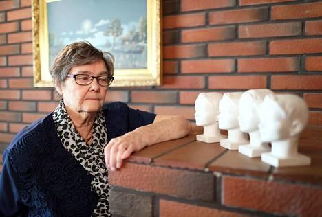 Lasten saamat hymypatsaat tuovat Eila Levosen mieleen hyviä muistoja.
