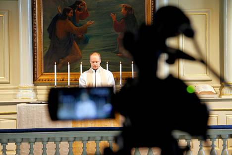 Seurakuntapastori Iikka Kyllönen antoi Päivi Räsäselle tukensa saarnassaan viime sunnuntaina. Räsästä syytetään kolmesta kiihottamisesta kansanryhmää vastaan liittyen hänen homoseksuaalisuutta käsitteleviin lausuntoihinsa. Kuva on arkistosta.