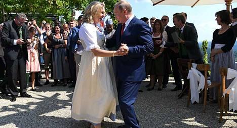 Venäjä presidentti Vladimir Putin vieraili viime vuonna Itävallan ulkoministeri