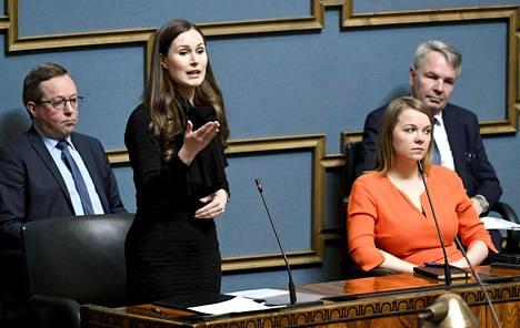 Oppositiopuolueet vaativat hallitukselta lisää avoimuutta, kun se irrottaa Suomea koronaepidemian rajoituksista.