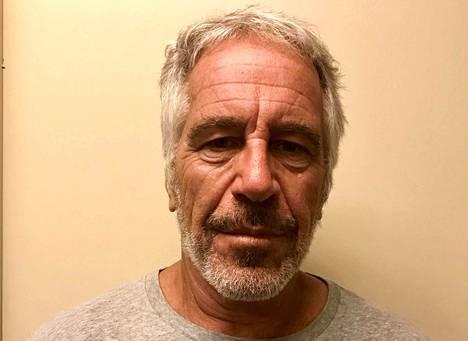Epsteinin kuolintavaksi varmistui hirttäytyminen.