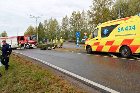 Onnettomuuden pelastus- ja raivaustyöt aiheuttivat hetken aikaa liikenteelle haittaa.
