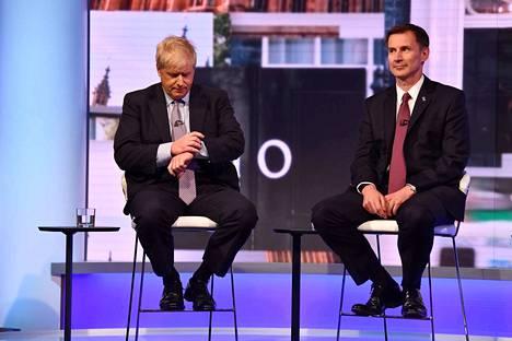 Britannian seuraavaksi pääministeriksi valitaan heinäkuun lopulla joko Boris Johnson tai Jeremy Hunt.