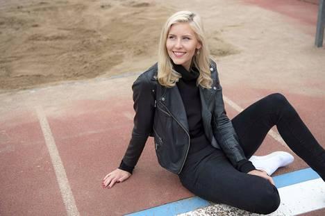 Kristiina Mäkelä on huippu-urheilun lomassa valmistumassa maataloustieteen kandiksi.