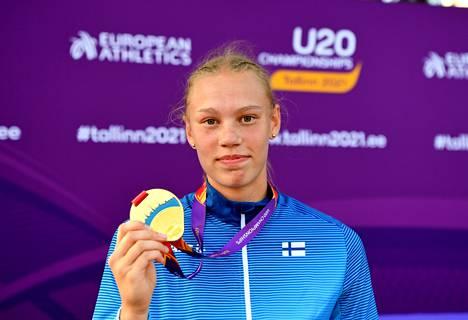 Saga Vanninen voitti seitsenottelun EM-kultaa alle 20-vuotiaissa. Elokuussa hän tahtoisi matkustaa Nairobiin alle 20-vuotiaiden MM-kisoihin, mikäli ne voidaan järjestää turvallisesti. Tämä tarkoittaisi, että Kalevan kisat kotikentällä Tampereella jäisivät väliin.