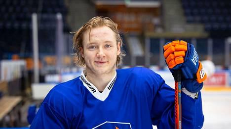 Kasper Simontaival nousi kiekkokansan tietoisuuteen nuorten MM-kisoissa.