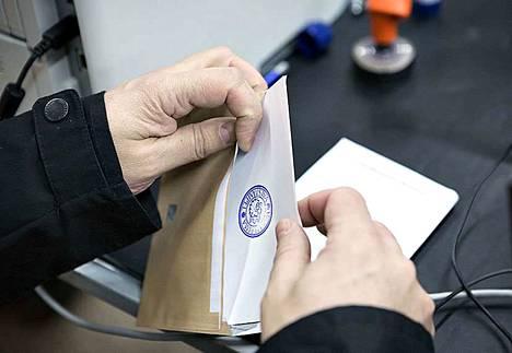 Tulospalvelu aukeaa ennakkoäänten julkistuksen aikaan, kun vaalihuoneistot on suljettu.