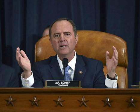 Edustajainhuoneen tiedusteluvaliokunnan puheenjohtaja ja kuulemisia johtava Adam Schiff kommentoi viime viikolla, että presidentti Trump on mennyt paljon pidemmälle kuin Richard Nixon aikanaan.