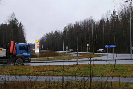 Sorvan liittymä valtatie 12:lla Nokialla on erityisesti iltapäivän aikaan hyvin ruuhkainen.