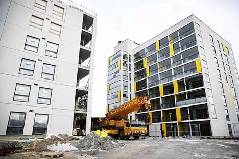 Hypoteekkiyhdistyksen mukaan Suomeen valmistuu tällä hetkellä uusia asuntoja eniten 27 vuoteen.