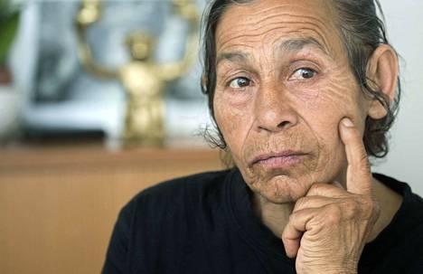 Viime viikolla julkaistussa reportaasissa romanialainen Eleonora Getu kertoi elämästään Suomessa. Myös tuossa jutussa pohdittiin romanien kerjäämiseen liittyvää järjestäytynyttä rikollisuutta. Poliisi on viimeiset puoli vuosikymmentä toistanut medialle, ettei asiasta ole näyttöä.