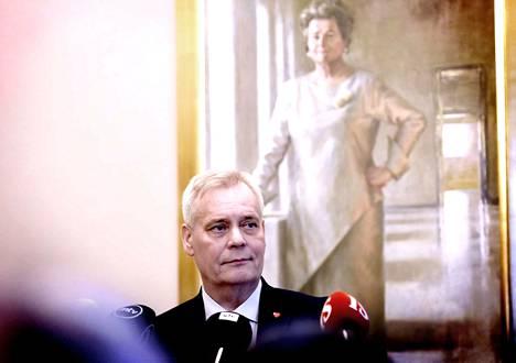 SDP:n Antti Rinne halusi keskustan mukaan hallitusneuvotteluihin ja sai myös.