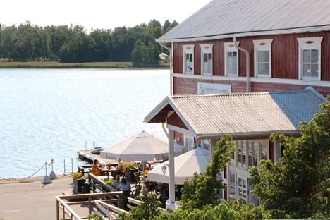 Ravintola Merry Monk sijaitsee Krookan rannassa.