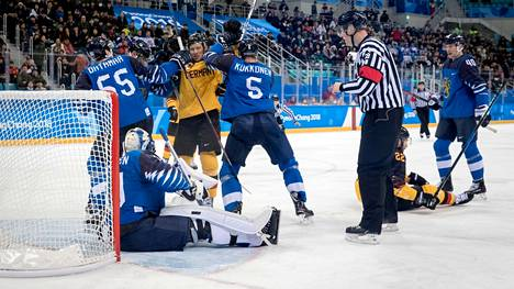 Pyeongchangin olympialaisissa Suomi kaatoi alkulohkossa Saksan maalein 5–2. Lopulta Saksa otti olympiahopeaa, ja Leijonat hävisi puolivälierissä Kanadalle lukemin 0–1.