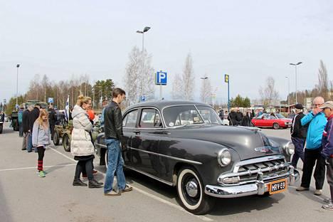 Vappuna huristellaan perinteiseen tapaan erikoisilla kulkuneuvoilla ympäri Keurusselän. Mäntän Myllyrantaan ajoneuvoja odotetaan saapuvaksi kello 13.