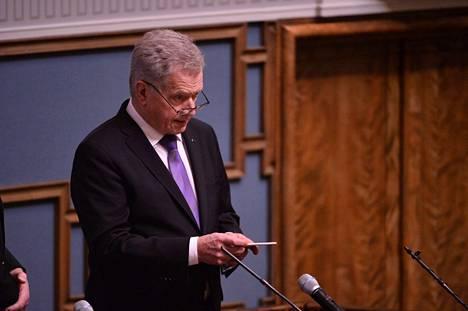 Presidentti Niinistö valtiopäivien avajaisissa.