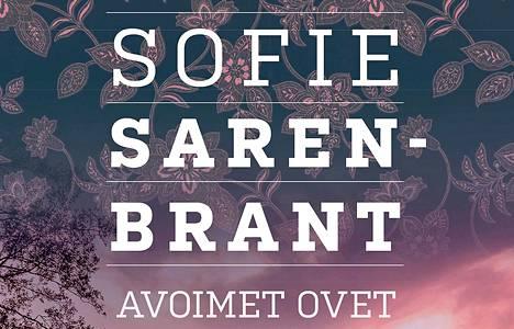 Sofie Sarenbrant esittelee dekkarisarjassaan kunnianhimoisen poliisin Emma Sköldin. Sarenbrantin Avoimet ovet ovat Mänttä-Vilppulan kirjaston huhtikuun lukuvinkki.