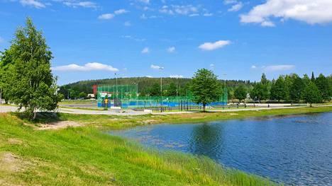 Maauimalaa on rakennettu viime vuosina uuteen uskoon. Pian sinne saadaan myös aurinkoterassi ja skeittipaikka.