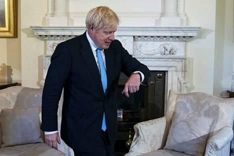 Kello käy, ja brexitiin on aikaa enää vajaat kaksi kuukautta.