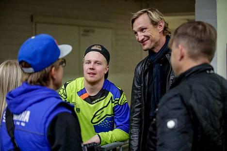Sami Hyypiä oli seuraamassa motocross-kisoja Tampereen Pirkkahallissa viime syksynä.