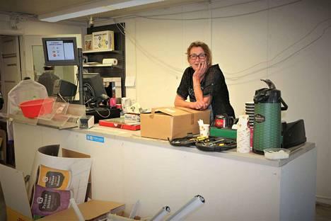 Ikävä iskee välillä, mutta elämä jatkuu. Paula Ranta iloitsee, että työntekijöille löytyi töitä.