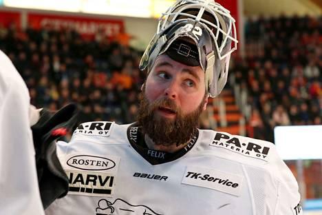 Rasmus Tirrosen viime kausi ei mennyt odotetun hyvin Turussa.