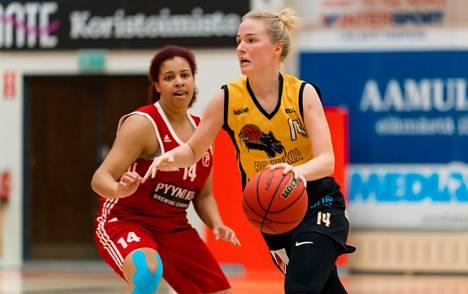 Johanna Kalinin BC Nokia ja Niia Littlen Pyrintö Akatemia ottavat yhteen paikallistaistossa sunnuntaina 20.12.