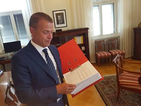 Kokoomuksen puheenjohtaja Petteri Orpo elokuussa 2018, jolloin hän oli vielä valtiovarainministeri. Nyt hän mielii pääministeriksi.