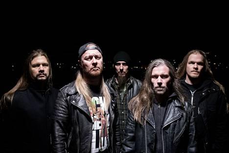 Stam1na julkaisi uusimman levynsä helmikuussa, mutta levynjulkaisukiertueet siirtyvät ensi vuodelle.