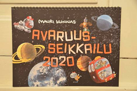Seinäkalenterin teemana on avaruus.