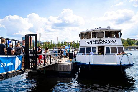 Tampere pääomittaa Hopealinjoja puolella miljoonalla eurolla. Viikinsaareen oli tunkua myös heinäkuussa koronasta huolimatta.
