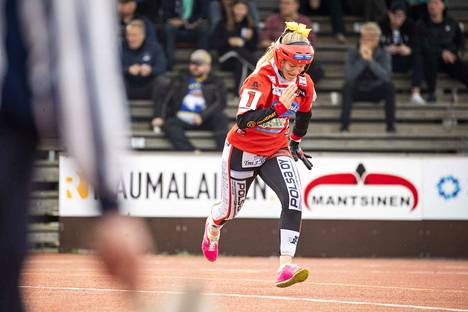 Pesäkarhujen Fanny Lahtinen oli yksi kolmesta satakuntalaispelaajasta B-tyttöjen Itä–Länsi-ottelussa.