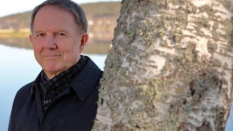 Lääketieteen ja filosofian tohtori Pekka Louhiala sai maaliskuun lopussa arkkiatri Risto Pelkosen palkinnon.