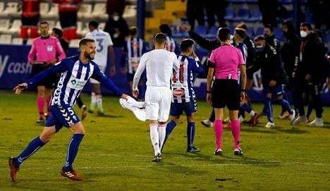 Alcoyano järjesti cup-sensaation Espanjassa.