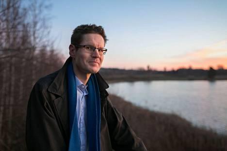 Perussuomalaisten kansanedustaja Sami Savio toteaa jäävän nähtäväksi, muuttuuko sote-esitys eduskunnassa julkisomisteisten yhtiöiden kannalta. –Pääministeripuolueen kanta ratkaissee asian käytännössä.