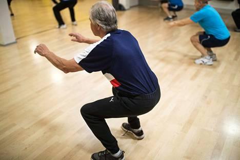 Jotta selkävaivoilta välttyy, kannattaa huolehtia hyvästä lihaskunnosta. Kuvituskuva.