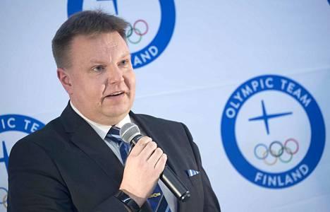 Harri Nummela johtaa Suomen jääkiekkoliittoa.
