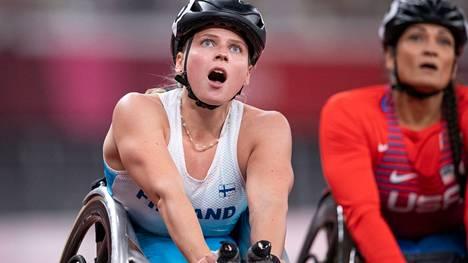 Huittislainen Amanda Kotaja oli yksi Suomen mitalisteista Tokion paralympialaisissa.
